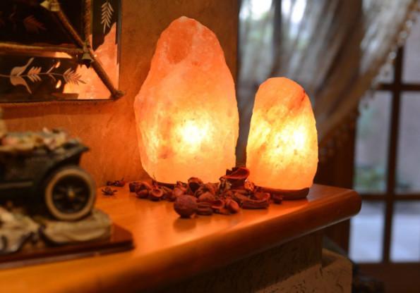 Himalayan Crystal Salt Lamp.