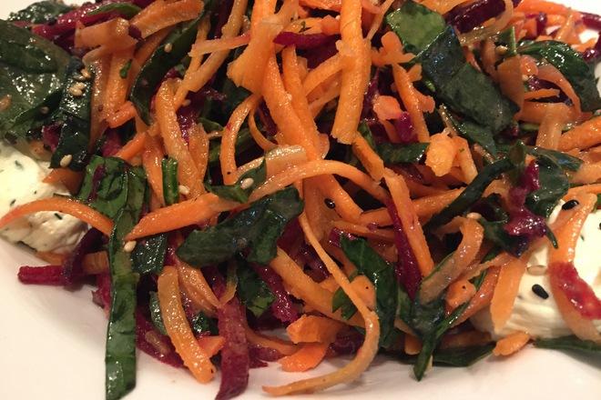 MAIN-salata-spanak-i-morkovi